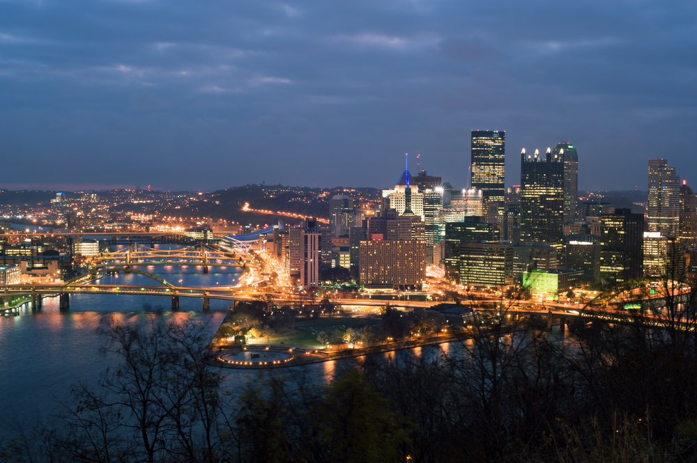 View,From,Mt.,Washington,On,Downtown,Pittsburgh   RoofingContractorPittsburgh.com